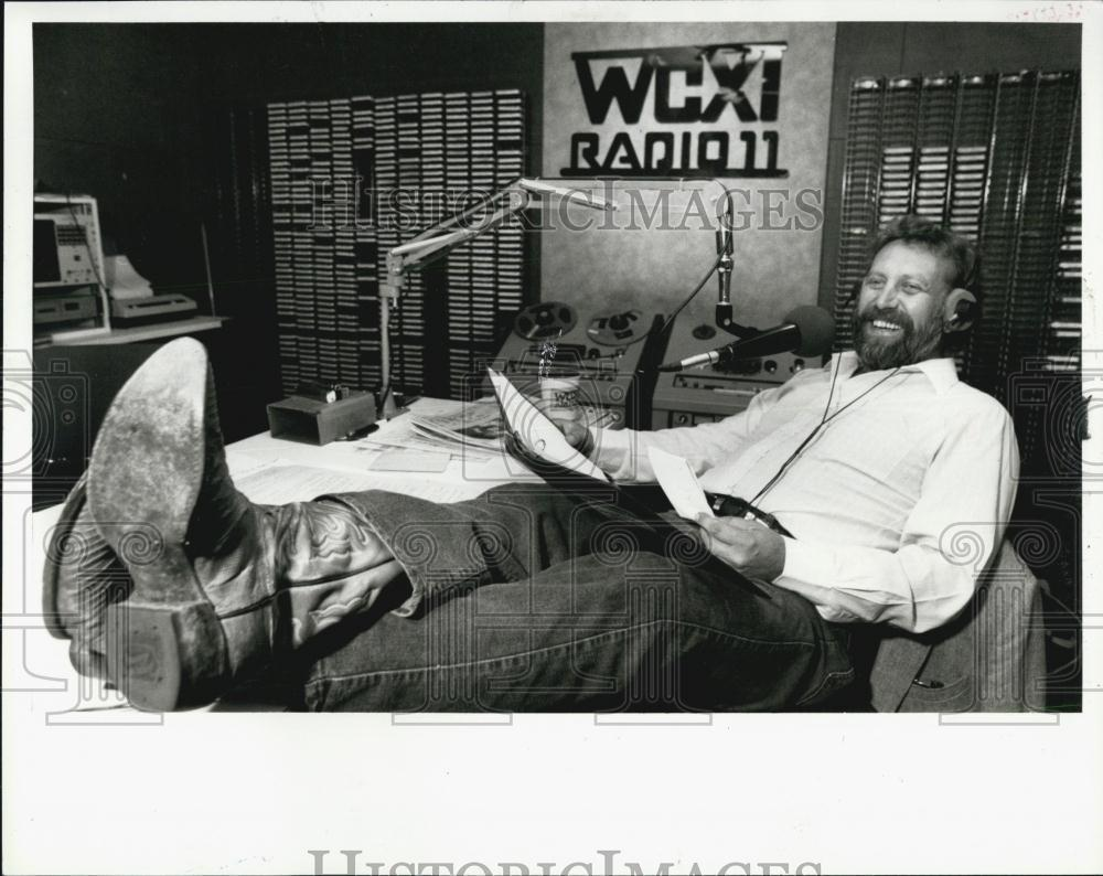 WCXI 1130 FLASHBACK: Deano Day photographed in studio, 1986
