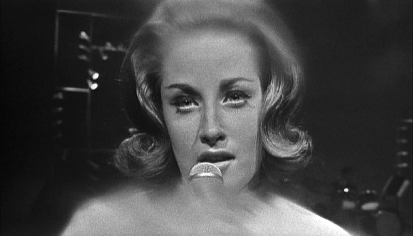 LESLEY GORE (T.A.M.I Show 1964)