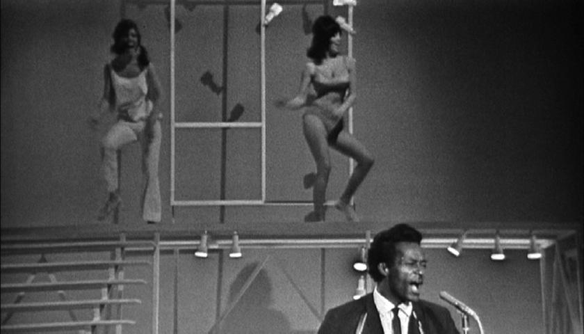 CHUCK BERRY (T.A.M.I Show 1964)